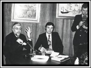 Renucio Boscolo - Gianluigi Marianini 1976 annunciano la scoperta della lapide D.M.